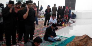 Ridwan Kamil Nyolatkeun Layon Asep